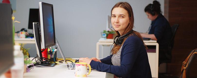 Работа программиста для девушки веб камера майкрософт старые модели